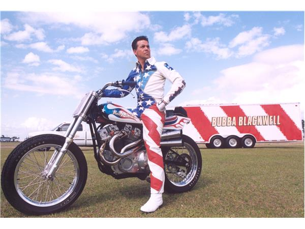 talking motorcycles with bubba blackwell and the wheelie
